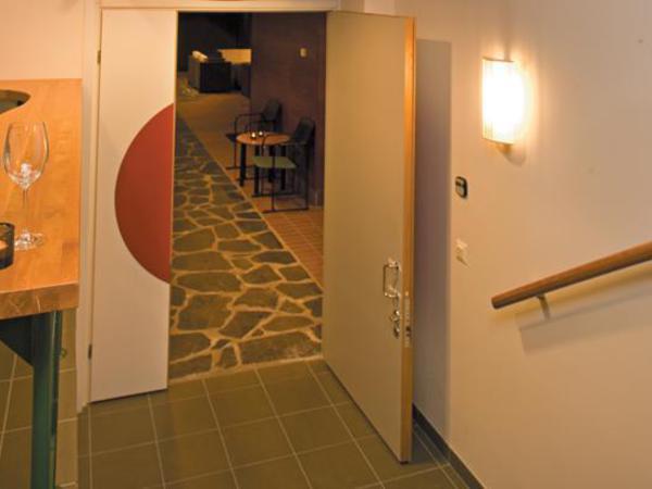 Ravintola Kaaren viinitupa ja sauna Kuva 3