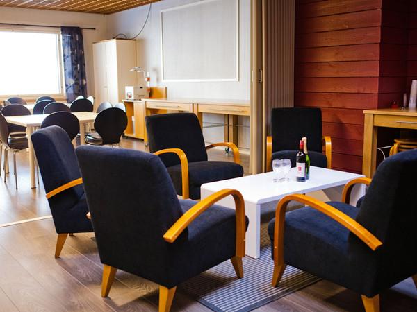 Miittinki kokous- ja saunatilat yläkerta Kuva 2