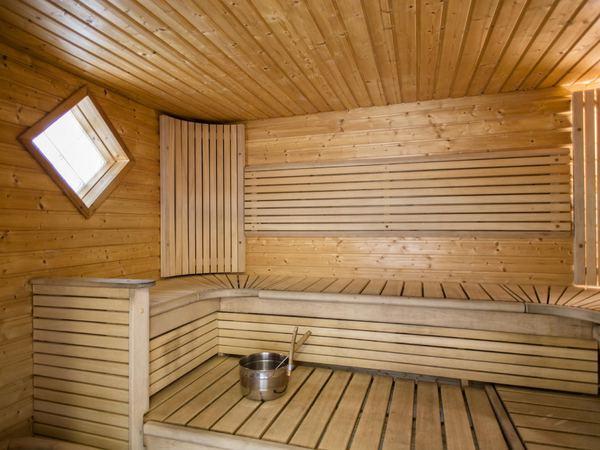 Hutungin saunakabinetti Kuva 1